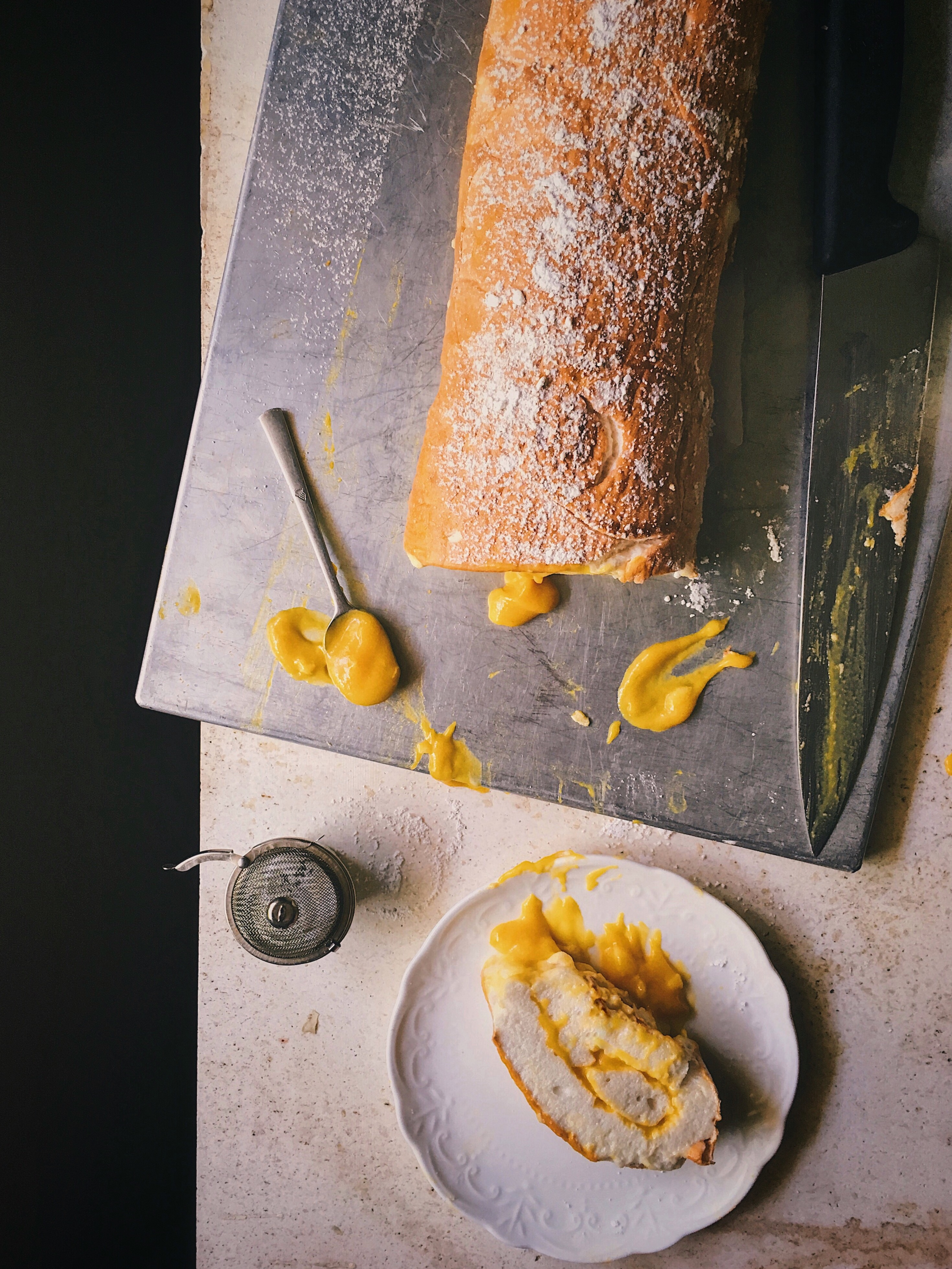 Rolled Meringue With Alphonso Curd