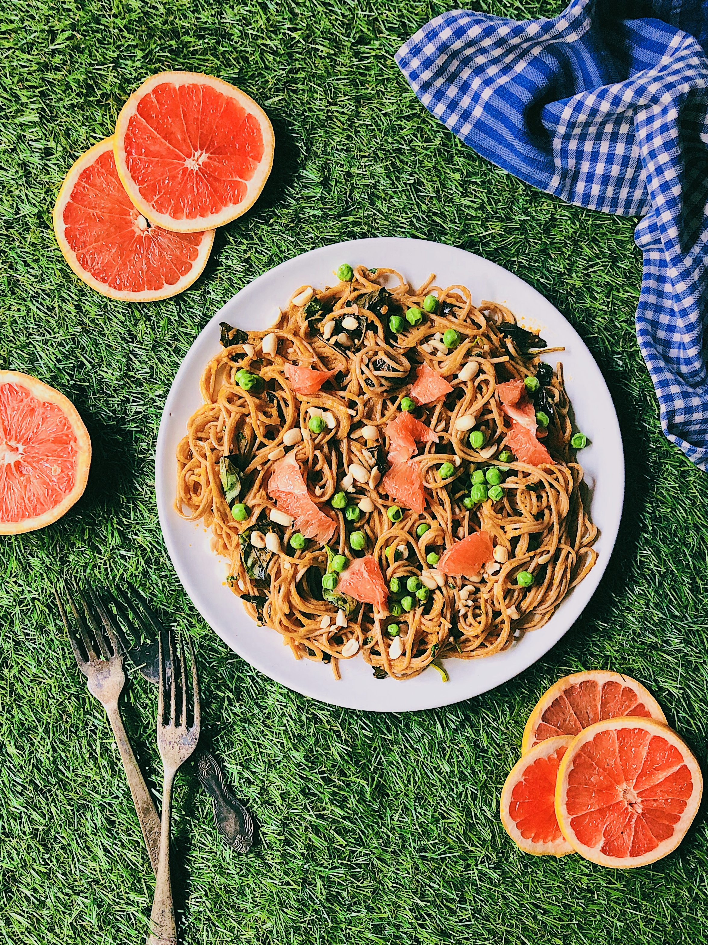 Soba Noodles With Maple Carrot Dressing and Grapefruit