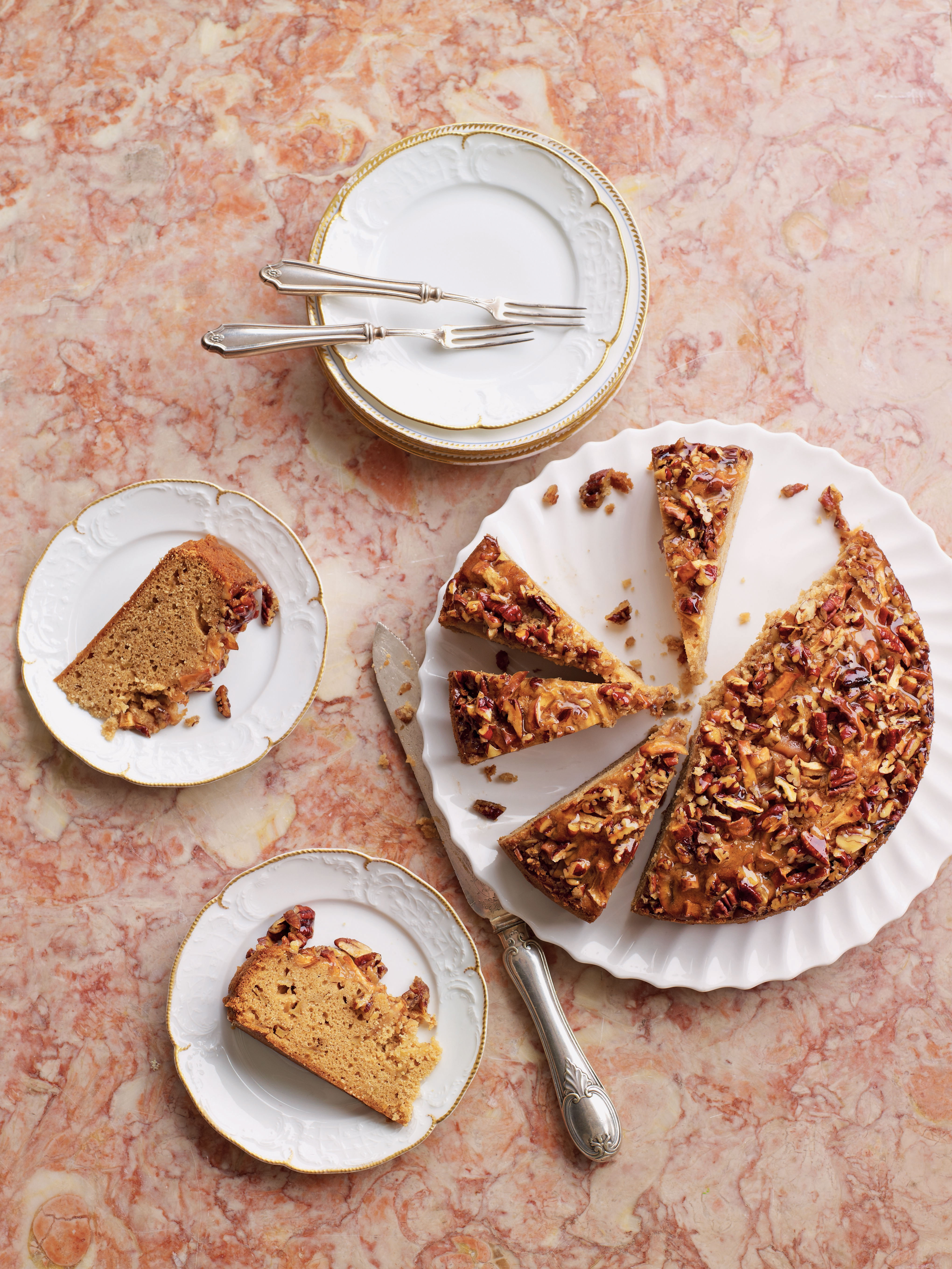 Eric Lanlard's Sticky Pecan Cake