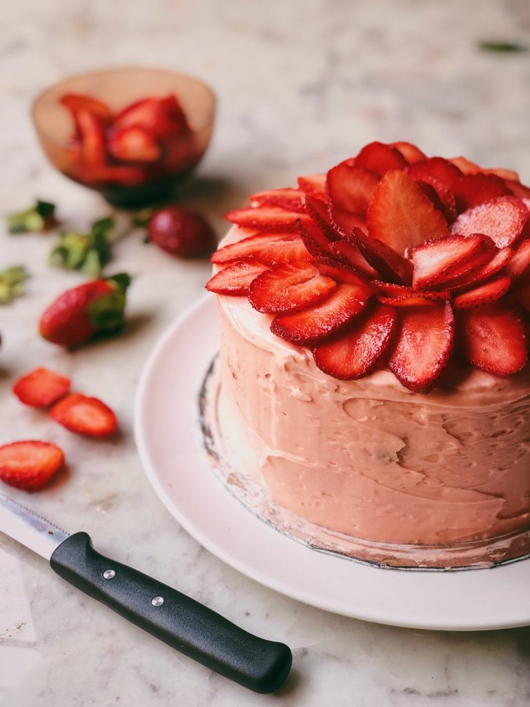 Rose Cake With Strawberry Imli Compote and White Chocolate Buttercream 3